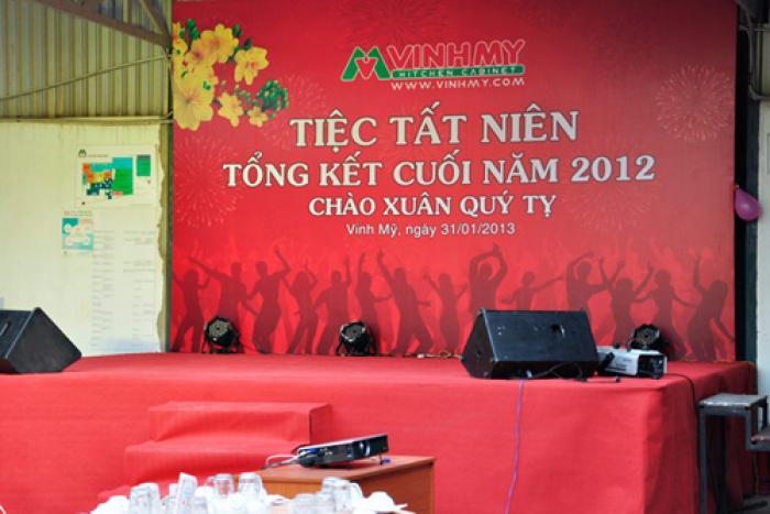 Tiệc Tất Niên tổng kết cuối năm 2012: Chào xuân Quý Tỵ